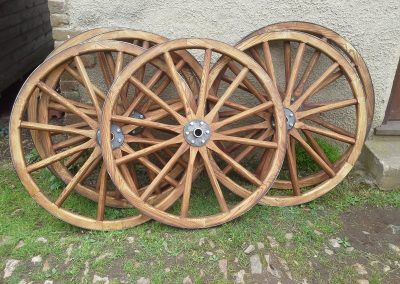 tarzan-machine-gun-wheels